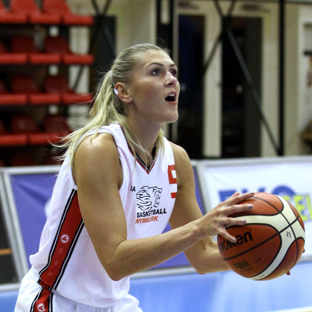 Monika Hamplová